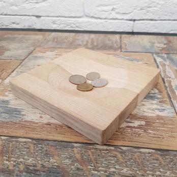 Монетница из дерева (нат. дуб , р-р 150х150мм) , БЕЗ гравировки